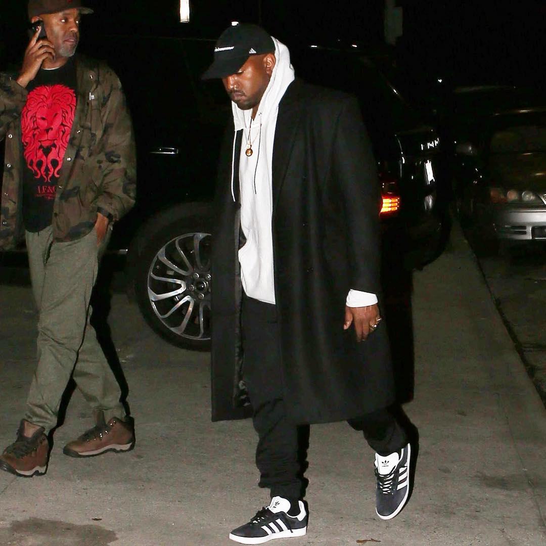 Industrial Previsión Autorizar  Top 10 celebrity wearing Adidas outfit. — Adidas