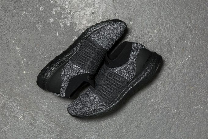 9519e0986d9 Check Out The adidas Ultra Boost Laceless Oreo